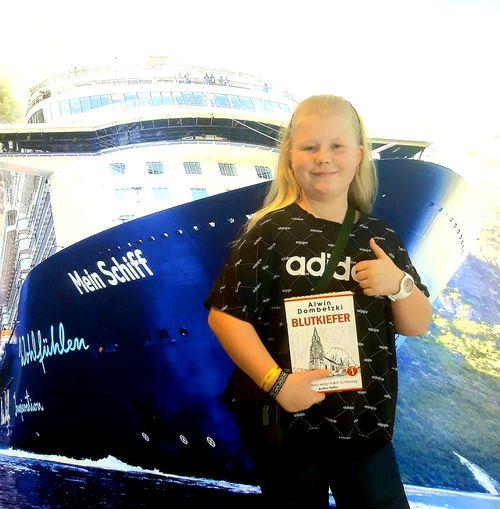 Paula auf der MeinSchiff 2